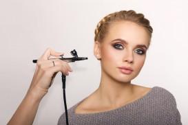 Maquillaje perfecto durante 24 h con una sesión de maquillaje con aerógrafo por sólo 40€